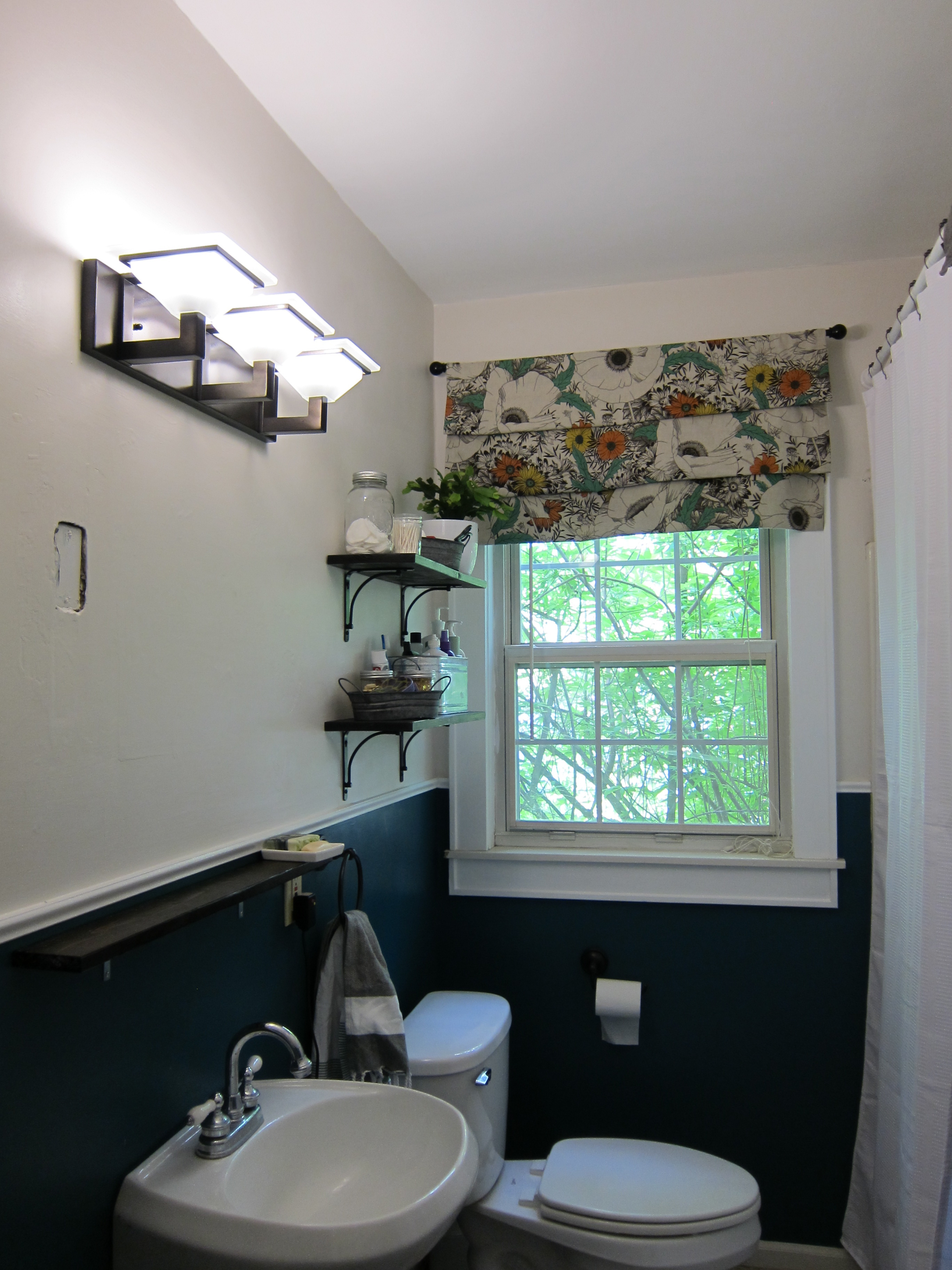 Spray Painted Bathroom Light Fixture Escape From Bk